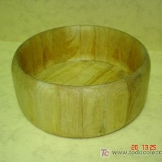Antigüedades: GRAN BOL DE MADERA PARA ENSALADAS. Lote 26898960