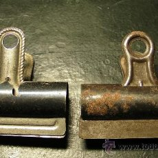 Antigüedades: DOS PINZAS DE OFICINA. Lote 57353239
