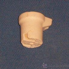 Antigüedades: PORTALAMPARAS ANTIGUO TODO EN PORCELANA , CASQUILLO E27. Lote 21921152