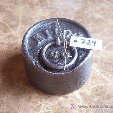 Antigüedades: ANTIGUA PESA DE HIERRO. Lote 25926205