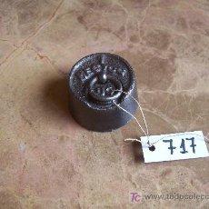 Antiquités: ANTIGUA PESA DE HIERRO. Lote 26011914