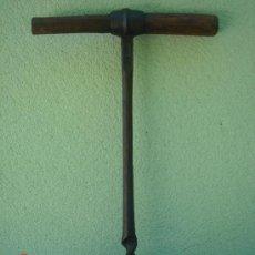 Antigüedades: BARRENA ANTIGÜA, EN DE USO. MARCADO.- 28. 46,5 CMS DE LONGUITUD.. Lote 27247544