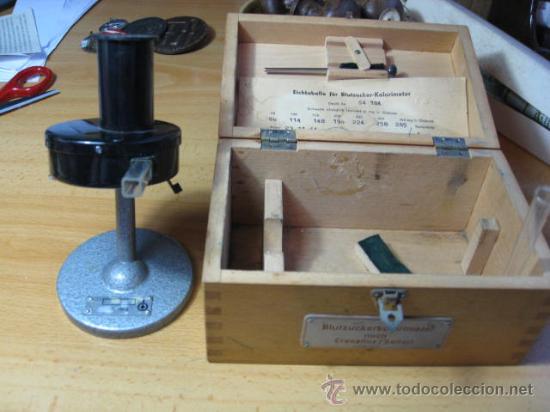 COLORIMETRO PARA ANALITICA DE GLUCOSA EN SANGRE - ALEMAN - CRECELIUS 1964 + INFO (Antigüedades - Técnicas - Instrumentos Ópticos - Microscopios Antiguos)