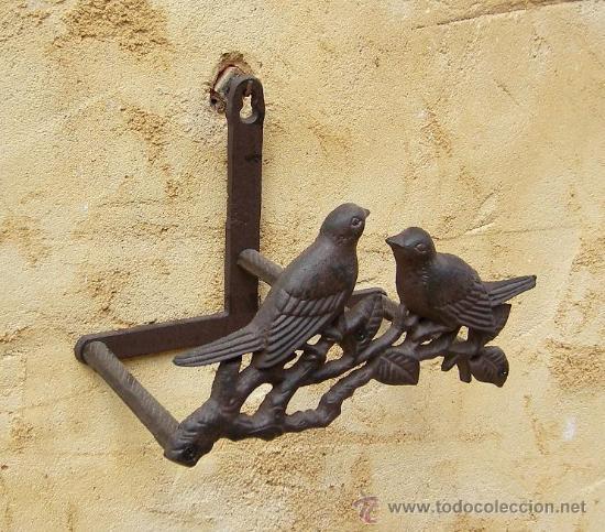 Soporte manguera decorado de hierro jardin comprar for Antiguedades para jardin