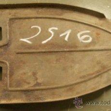 Antigüedades: POSAPLANCHAS. Lote 16397515