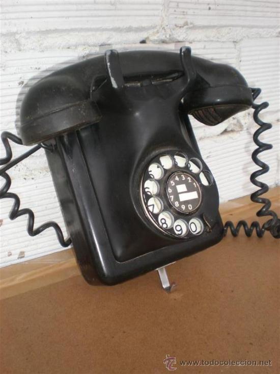 Teléfonos: relefono de pared hierro y baquelita - Foto 2 - 16924198