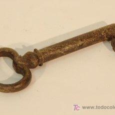 Antigüedades: LLAVE EN HIERRO FORJADO. . Lote 17132061