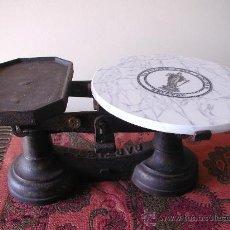 Antigüedades: BALANZA BRISTOL BARTLETT & SON. CON PLATO DE CERAMICA. AÑOS 1880 -1890. Lote 22303894