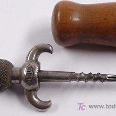 Antigüedades: ABRE BOTELLAS, 16,5 CM DE LARGO. Lote 18009764