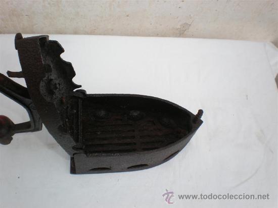 Antigüedades: plancha de carbon - Foto 2 - 18044326