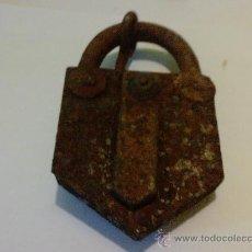 Antigüedades: ANTIGUO CANDADO DEL SIGLO XIX SIN LLAVE. Lote 27368522