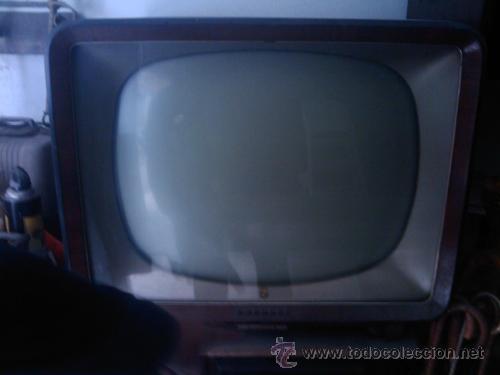 Antigüedades: TELEVISOR AÑOS 40 - Foto 2 - 27427314