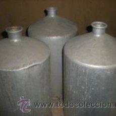 Antigüedades: TRES BIDONES. Lote 27068790