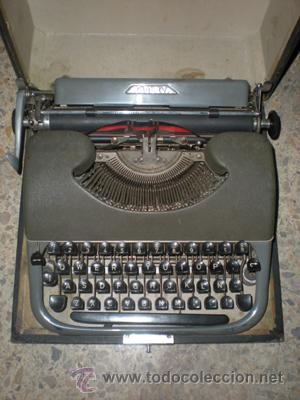 MAQUINA ESCRIBIR (Antigüedades - Técnicas - Máquinas de Escribir Antiguas - Patria)