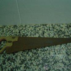 Antigüedades: SERRUCHO ANTIGUO DE CARPINTERO. Lote 19522143