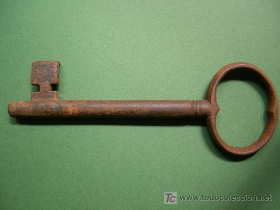 Antigüedades: antigua llave de hierro macho hecha a mano, siglo XIX de 145mm x 8mm con guardia rara - Foto 2 - 26821203