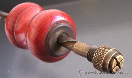 Antigüedades: taladro manual para trabajos finos / taladro arquimedes (30cm aprox, cierre de laton) - Foto 2 - 20085015
