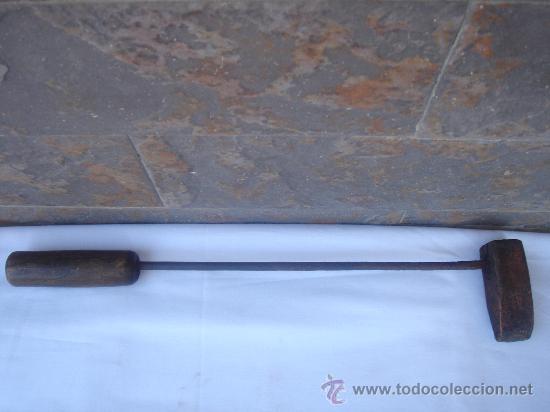 SOLDADOR ANTIGÜO DE ESTAÑO, EN . GRAN TAMAÑO.- 40 CMS DE LONGUITUD. (Antigüedades - Técnicas - Herramientas Profesionales - Mecánica)
