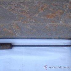 Antigüedades: SOLDADOR ANTIGÜO DE ESTAÑO, EN . GRAN TAMAÑO.- 40 CMS DE LONGUITUD.. Lote 26627438