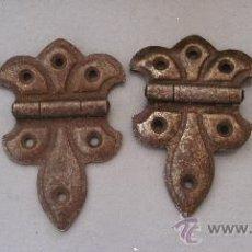Antigüedades: 4 BISAGRAS DE HIERRO (8X4,5CM APROX). Lote 20551344
