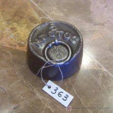 Antigüedades: ANTIGUA PESA DE HIERRO. Lote 26104453