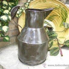 Antigüedades: MEDIDA DE ACEITE DE HIERRO ( HOJA LATA ). Lote 23108422