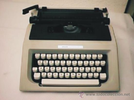 MÁQUINA DE ESCRIBIR HISPANO OLIVETTI LETTERA 50 (Antigüedades - Técnicas - Máquinas de Escribir Antiguas - Olivetti)
