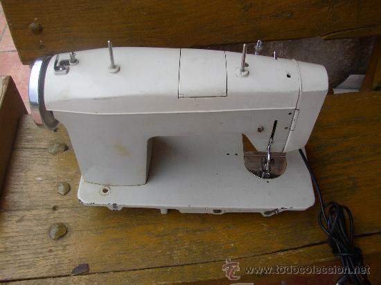 Antigüedades: MAQUINA DE COSER SIGMA AUTOMATICA (DECADA DE LOS 70).Le falta el pedal - Foto 3 - 26316086