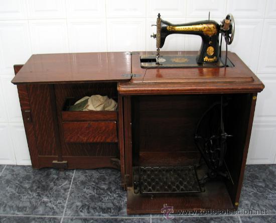 Singer 15k su mueble de madera original comprar m quinas de coser antiguas singer en - Mueble maquina de coser ...