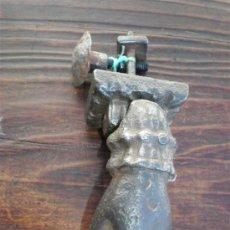 Antigüedades: LLAMADOR DE HIERRO DE FORJA. Lote 21490930