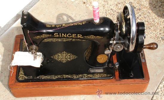 Preciosa y antigua maquina de coser singer - 99 - Vendido