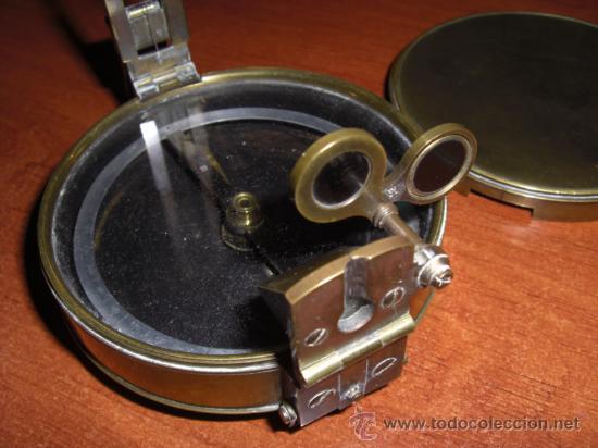 Antigüedades: Interesante brújula de principios del siglo XX - Foto 5 - 22092375