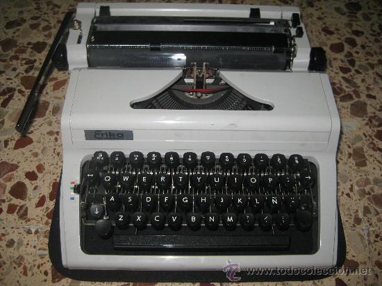 MÁQUINA DE ESCRIBIR (Antigüedades - Técnicas - Máquinas de Escribir Antiguas - Erika)