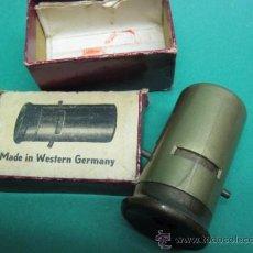 Antigüedades - PEQUEÑO MICROSCOPIO MADE IN WESTERN GERMANY. PASTA , AÑOS 1940 -50. COMPLETO - 22771992
