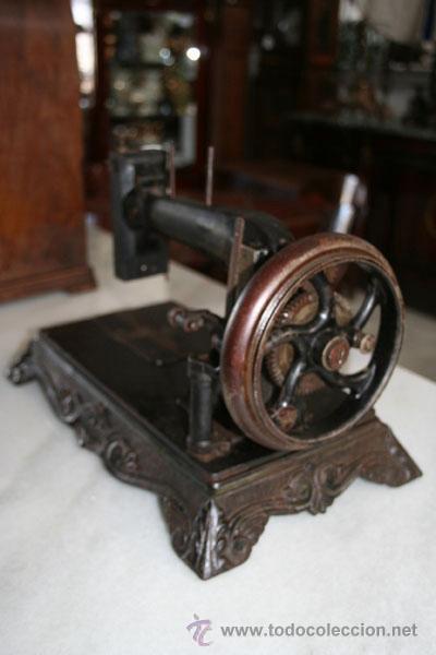 Antigüedades: MÁQUINA DE COSER DE 1800 REF.4750 - Foto 5 - 23175991