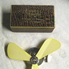 Ventilador de mano suizo Zephyr, a estrenar, vintage. Med. 13 x 2,5 cm