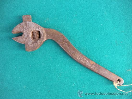 ANTIGUA LLAVE INGLESA PEUGEOT FRERES (Antigüedades - Técnicas - Herramientas Profesionales - Mecánica)