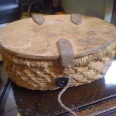 Antigüedades: CESTA PARA ANZUELOS. Lote 26520203