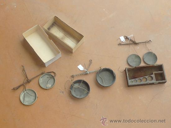 LOTE DE 3 BALANZAS ANTIGUAS DE S.XIX. UNA CON CAJA ORIGINAL DE MADERA. (Antigüedades - Técnicas - Medidas de Peso - Balanzas Antiguas)