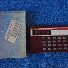 Antigüedades: ANTIGUA MINI CALCULADORA ELECTRONICA 8 DIGITOS. CON CAJA. FUNCIONA. REGALO PILA. Lote 26603074
