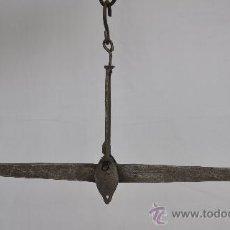 Antigüedades: BALANZA DE FIEL Y GANCHO.. Lote 27424696
