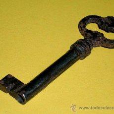 Antigüedades: ANTIGUA LLAVE DE HIERRO, MIDE 7 CMS.. Lote 26300209