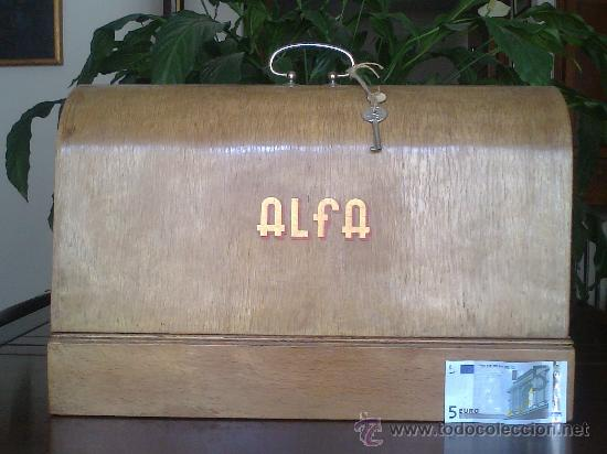Antigüedades: Maquina de coser ALFA (portatil) - Foto 5 - 26842857