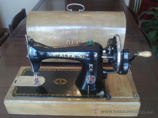 Antigüedades: Maquina de coser ALFA (portatil) - Foto 7 - 26842857