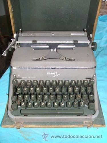 MAQUINA DE ESCRIBIR HERMES 2000 EN SU CAJA. (Antigüedades - Técnicas - Máquinas de Escribir Antiguas - Hermes)