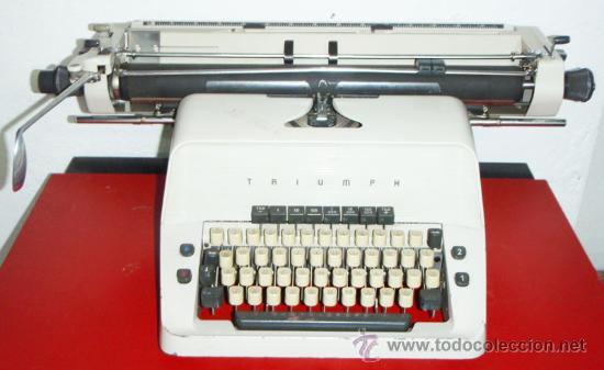 MAQUINA DE ESCRIBIR TRIUMPH (Antigüedades - Técnicas - Máquinas de Escribir Antiguas - Triumph)