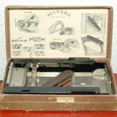 Antigüedades: MAQUINA DE AFILAR CUCHILLAS ALEGRO. Lote 27552600