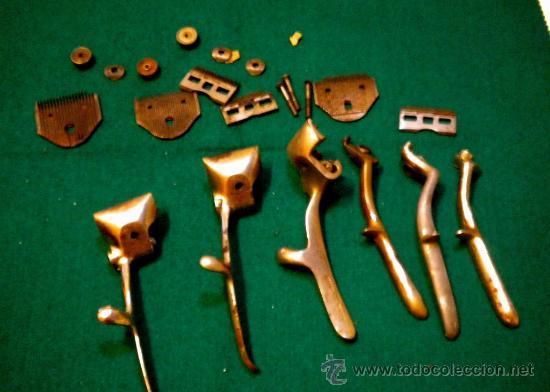 Antigüedades: Lote de desguace de piezas maquinas de cortar pelo ( para recámbios ) - Foto 2 - 27682514