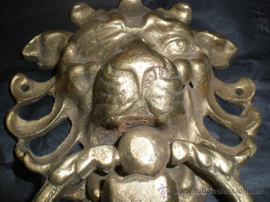 TIRADOR DE BRONCE LEON (Antigüedades - Técnicas - Cerrajería y Forja - Tiradores Antiguos)