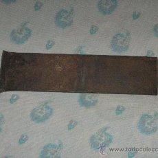 Antigüedades: HERRAMIENTA DE CARPINTERO, NO ES HOJA PARA CEPILLO. Lote 28150483